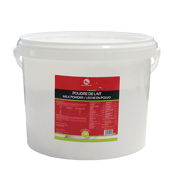 Feed Paskacheval milk powder for foal